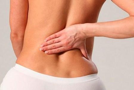 Болит спина в районе копчика причины